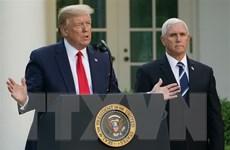 """Phó Tổng thống Mỹ Pence """"giữ khoảng cách"""" với ông Donald Trump"""