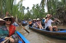 Kích cầu du lịch nội địa sẽ giảm khó cho các ngành dịch vụ