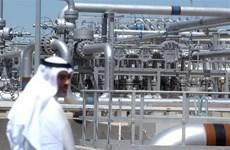 Giá dầu thế giới giảm do căng thẳng Mỹ-Trung về luật an ninh mới
