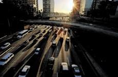 23 bang kiện chính quyền Mỹ sửa quy định hiệu quả dùng nhiên liệu