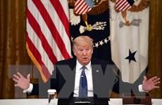 """Tổng thống Trump được lợi gì khi """"tuyên chiến"""" với mạng xã hội?"""