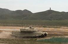 Chiến tranh xe tăng Trung Quốc-Mỹ trên thực địa: Ai lợi thế hơn?