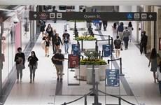 Canada kéo dài lệnh cấm nhập cảnh với hầu hết du khách quốc tế