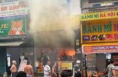 TP. HCM kịp thời giải cứu 7 người bị mắc kẹt trong vụ cháy nhà