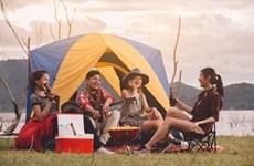 """""""Staycation"""" - phong cách du lịch mới của các bạn trẻ thế hệ 9x"""