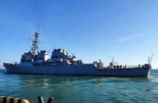 Hạm đội Nga theo dõi tàu khu trục của Mỹ tại Biển Đen