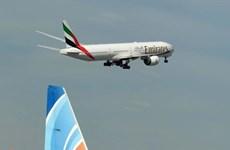 Khách đi máy bay của Emirates được trả chi phí y tế nếu mắc COVID-19