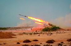 Iran lần đầu tiên phóng tên lửa đạn đạo từ lòng đất