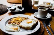 10 thay đổi giúp tạo thói quen ăn uống lành mạnh cho người bận rộn
