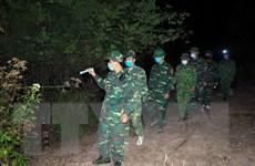 [Photo] Bộ đội biên phòng bám bản phòng, chống dịch COVID-19