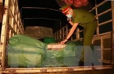 Lào Cai phát hiện gần 3 tấn chân gà đông lạnh không rõ nguồn gốc