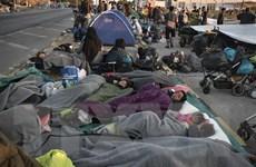 6 người di cư Afghanistan bị truy tố vì cố tình gây cháy trại tị nạn