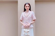 Dàn mỹ nhân Việt biến tấu với tông màu hồng dịu ngọt