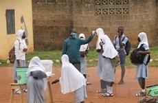 COVID-19 đe dọa xóa sổ tiến bộ về y tế, giáo dục trẻ em tại nước nghèo