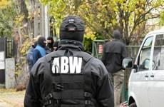 Cảnh sát Ba Lan bắt giữ nghi can khủng bố người Đức tàng trữ thuốc nổ