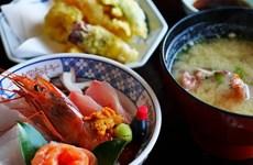 Nhật Bản có chương trình kích cầu mới, khuyến khích dân đi ăn ở ngoài