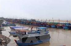 Quảng Bình: Một ngư dân may mắn được cứu sống khi bị lũ cuốn
