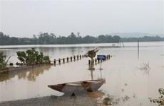 Lũ trên sông tại Thừa Thiên-Huế đang lên, cảnh báo ngập lụt diện rộng