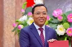 Đại sứ Nguyễn Tất Thành trình quốc thư lên Toàn quyền Australia