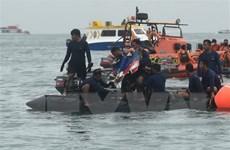Indonesia tạm dừng hoạt động tìm kiếm chiếc máy bay SJ-182