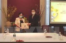 Đại sứ Việt Nam tại Bỉ động viên kiều bào trước khó khăn của dịch
