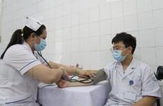 """Mũi tiêm vaccine đầu tiên và trọng trách của """"chiến binh"""" tuyến đầu"""