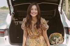 Sao Việt ''bùng nổ'' nhan sắc với váy in hoa trong loạt street style
