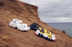 Loạt sandals ấn tượng với biến tấu đặc sắc, thắp sáng phong cách