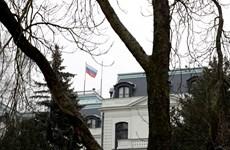 Nga trục xuất 20 nhân viên ngoại giao Cộng hòa Séc để trả đũa