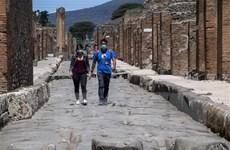 Đẩy nhanh tiêm chủng giúp châu Âu từng bước phục hồi ngành du lịch