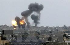 Sốc với khoảnh khắc tên lửa Israel đánh sập nhiều tòa nhà ở Gaza