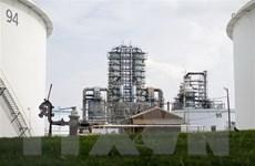 Giá dầu thế giới phiên 2/6 chạm mức cao nhất của hơn một năm