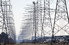 Nắng nóng mùa Hè, nhu cầu tăng gây sức ép lên mạng lưới điện toàn cầu