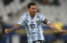 Messi thể hiện đẳng cấp giúp Argentina vào bán kết Copa America