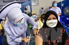 Thái Lan xem xét quy định về lượng vaccine AstraZeneca xuất khẩu