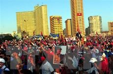 Hàng vạn người dân Cuba míttinh quyết tâm bảo vệ thành quả cách mạng