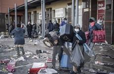 Người dân Nam Phi bắt đầu chiến dịch dọn dẹp sau biểu tình bạo lực