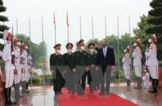 Việt Nam-Vương quốc Anh tăng cường hợp tác quốc phòng
