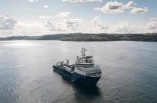 Nga xây dựng tuyến cáp quang dưới biển đầu tiên xuyên Bắc Cực