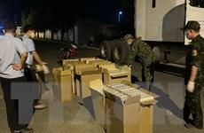 Tây Ninh bắt giữ tài xế xe đầu kéo chở 10.000 bao thuốc lá nhập lậu