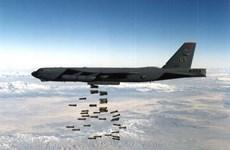 Mỹ điều máy bay B-52 không kích lực lượng Taliban tại Afghanistan