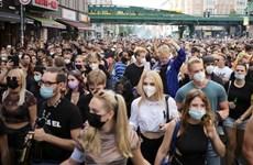 Đức: Cảnh sát đụng độ người biểu tình phản đối biện pháp chống dịch