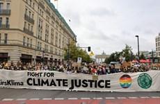 Giới trẻ trên khắp thế giới tuần hành kêu gọi chống biến đổi khí hậu