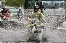 Mưa lớn ở nhiều khu vực trên cả nước, đề phòng lũ quét và sạt lở đất