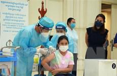 Campuchia đã tiêm ít nhất một liều vaccine COVID-19 cho 82% dân số
