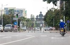 Lào tăng phòng dịch tại nhà máy, Campuchia xem xét thời gian cách ly