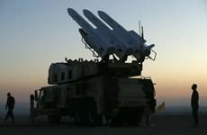Iran thử nghiệm thành công hệ thống tên lửa phòng không tích hợp mới