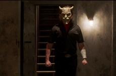 Tài tử Ethan Hawke hóa thân kẻ bắt cóc ghê rợn trong phim mới
