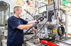 Ford đầu tư hơn 300 triệu USD sản xuất phụ tùng xe điện tại Anh