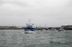 Anh phản ứng trước biện pháp trừng phạt liên quan quyền đánh bắt cá